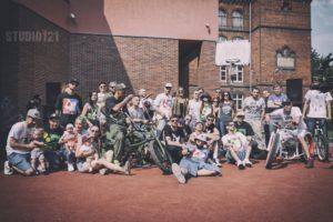 "The Gang Band ft. Kuba Knap – ""Chwile jak teraz"""